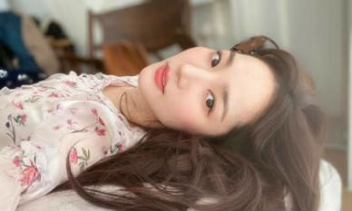 """Chỉ là ảnh hậu trường """"sương sương"""", Park Min Young vẫn đẹp đến mức khiến người khác nghiêng ngả"""