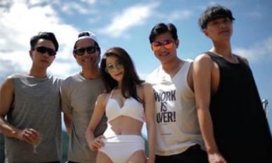 Mặc kệ Dương Mịch hẹn hò trai trẻ, Lưu Khải Uy tụ tập với hội bạn thân trên du thuyền hạng sang
