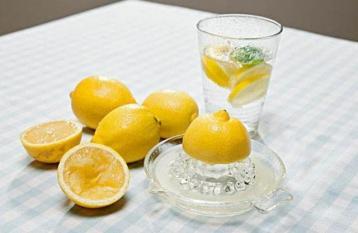 Trời đang nóng, hãy chú ý trước khi uống nước chanh: Có 3 điều 'cấm kị' để không gây hại cơ thể