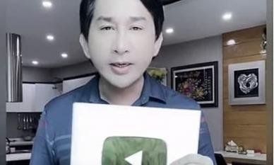 'Ông hoàng cải lương' Kim Tử Long hạnh phúc khi nhận nút bạc youtube