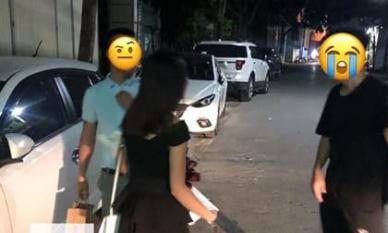 Bắt gặp người yêu đi với trai lạ đúng ngày sinh nhật, trên tay còn cầm 'vật chứng' phản bội khiến anh chàng uất nghẹn