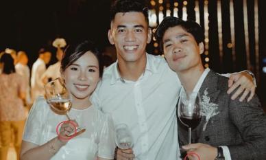 Tiền đạo Tiến Linh vô tình hé lộ nhẫn cưới của Công Phượng và Viên Minh