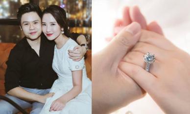 Hé lộ nhẫn đính hôn của Phan Thành và Primmy Trương