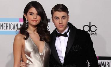 Lâu lắm mới đăng status dài, Justin Bieber lại bị chỉ trích 'vô ơn', tình cũ Selena Gomez cũng được 'gọi hồn'