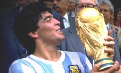 Vua bóng đá Maradona chết vì ngừng tim đột ngột! Đây là các tín hiệu nhận biết sớm của tim để kịp cứu lấy tính mạng