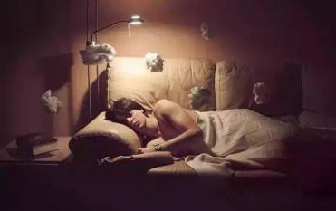 Có 4 biểu hiện bất thường khi ngủ báo hiệu tắc nghẽn mạch máu não nghiêm trọng, hãy nhớ 4 từ