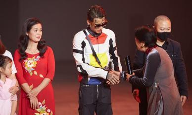 Dế Choắt được gọi tên ở Top 10 Đại Sứ Truyền Cảm Hứng WeChoice Awards 2020 và nhận nút vàng YouTube