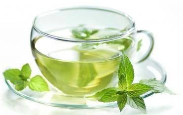 Trà xanh có rất nhiều lợi ích, nhưng nếu uống không đúng cách sẽ gây hại cho cơ thể