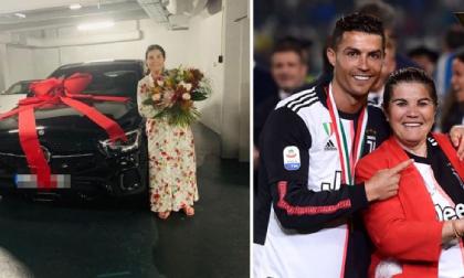 Cristiano Ronaldo tặng đấng sinh thành chiếc xe hơn 2,5 tỷ đồng nhân 'Ngày của mẹ'