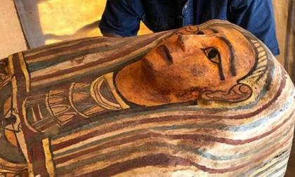 Khám phá bất ngờ từ khảo cổ Ai Cập: 27 quan tài bằng gỗ có vẽ chân dung được chôn cất cách đây 2500 năm được khai quật