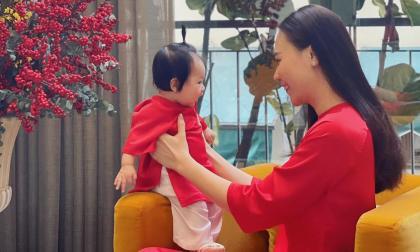 Công chúa Suchin nhà Cường Đô La diện áo dài đón Tết đầu tiên 'siêu cưng'