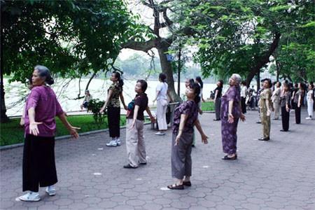 Ô nhiễm không khí, ô nhiễm tại Hà Nội, Tập thể dục buổi sáng, Tin nóng