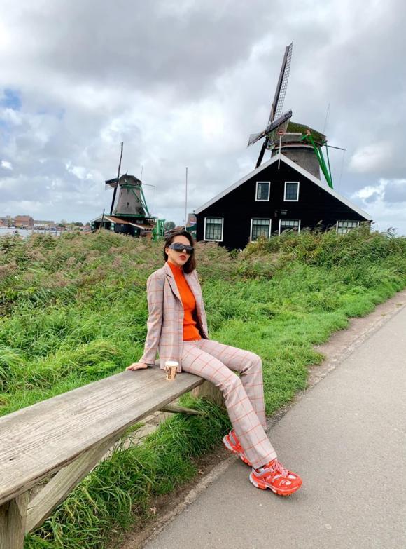 Kỳ Duyên, Minh Triệu, du lịch Hà Lan, sao du lịch