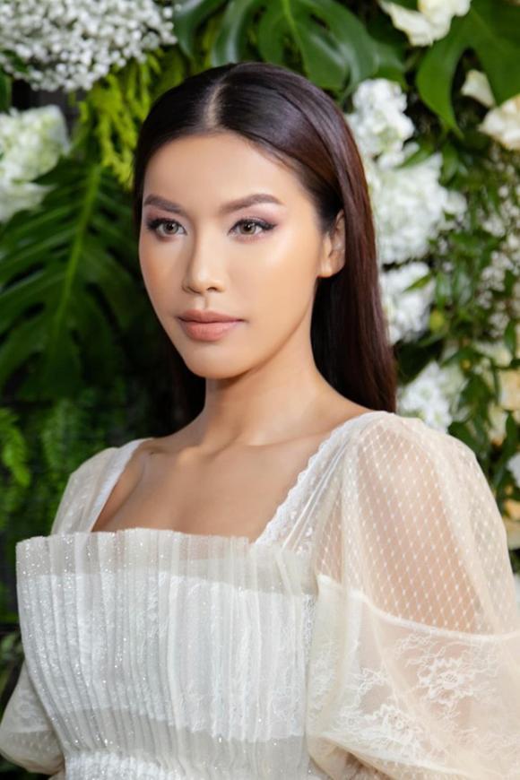 phi thanh vân, siêu mẫu ,Minh Tú, sao Việt