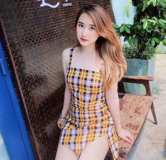 Bạn gái cầu thủ Việt, Hot girl, Phạm Khánh Linh