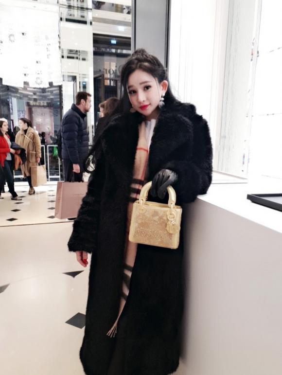 ca sĩ Quang Lê, hotgirl Ivy, sao Việt