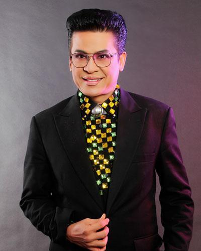 MC Thanh Bạch, nghệ sĩ Xuân Hương, sao Việt