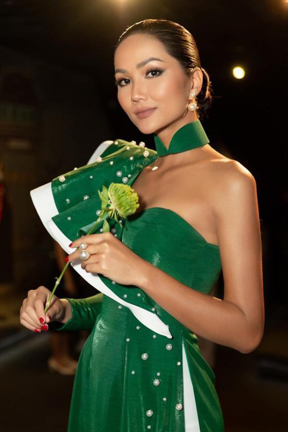 Hoa hậu Hoàn vũ,sao Việt,H'Hen Niê