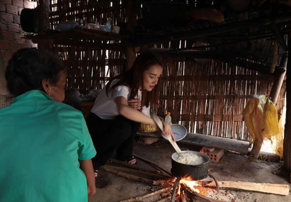 Trường Giang, Nhã Phương, sao Việt
