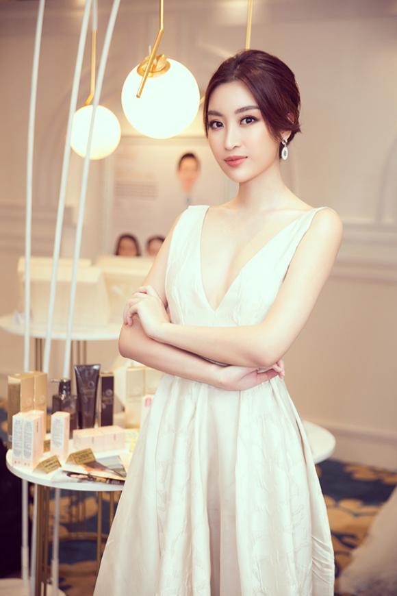 hoa hậu Đỗ Mỹ Linh, hoa hậu Trần Tiểu Vy, á hậu Phương Nga, á hậu Thuý An, sao Việt