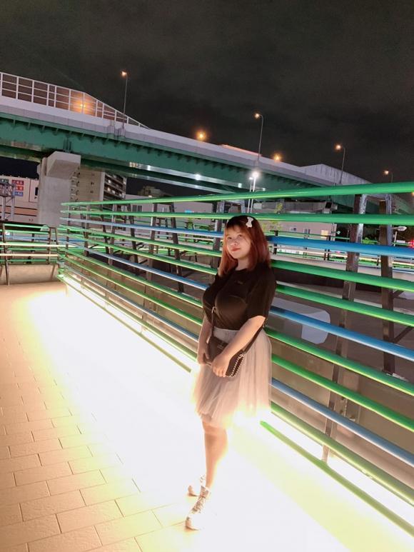 nữ sinh Hải Dương, nữ sinh ngực khủng, Thu Trang
