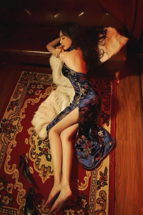 hotgirl Elly Trần, sao Việt