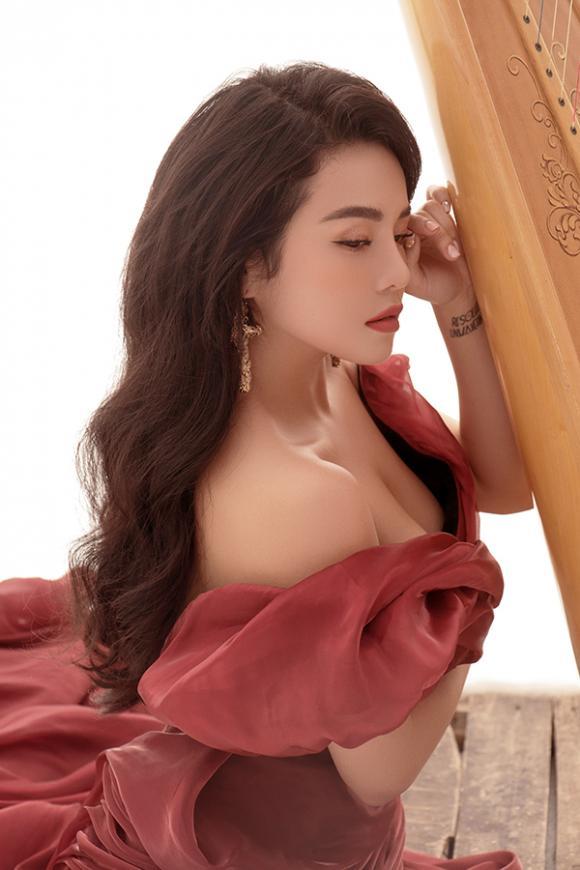 Thái Trinh, sao Việt