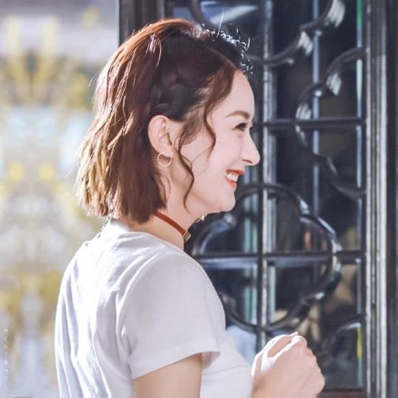 tóc xoăn, tóc xoăn ngắn, thời trang tóc mùa thu 2019