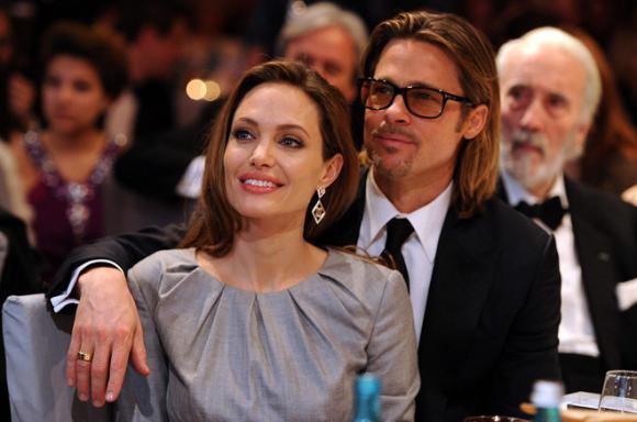 Angelina Jolie hé lộ lý do cắt bỏ tuyến vú và buồng trứng, không muốn trao quyền nuôi con cho Brad Pitt 3
