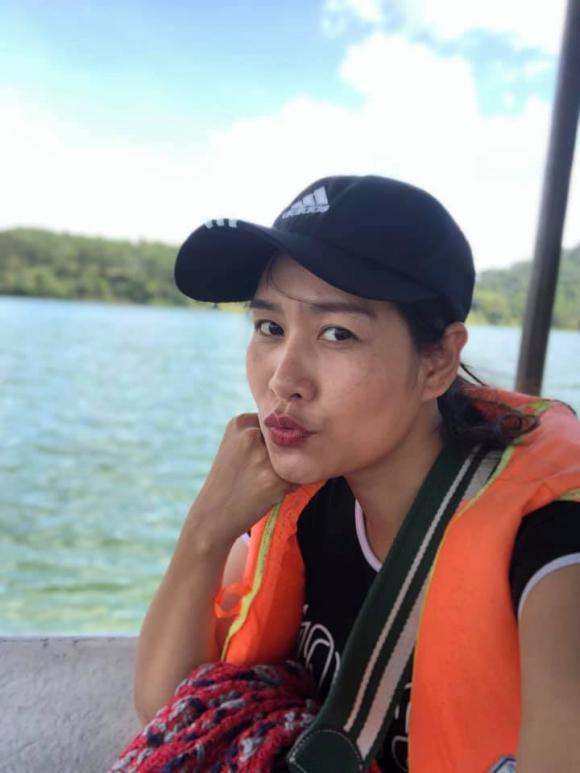 Nguyệt thảo mai, Hà Hương, sao việt
