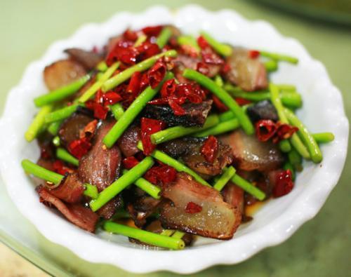 lưu ý khi ăn thịt xông khói, thịt xông khói, chăm sóc sức khỏe đúng cách