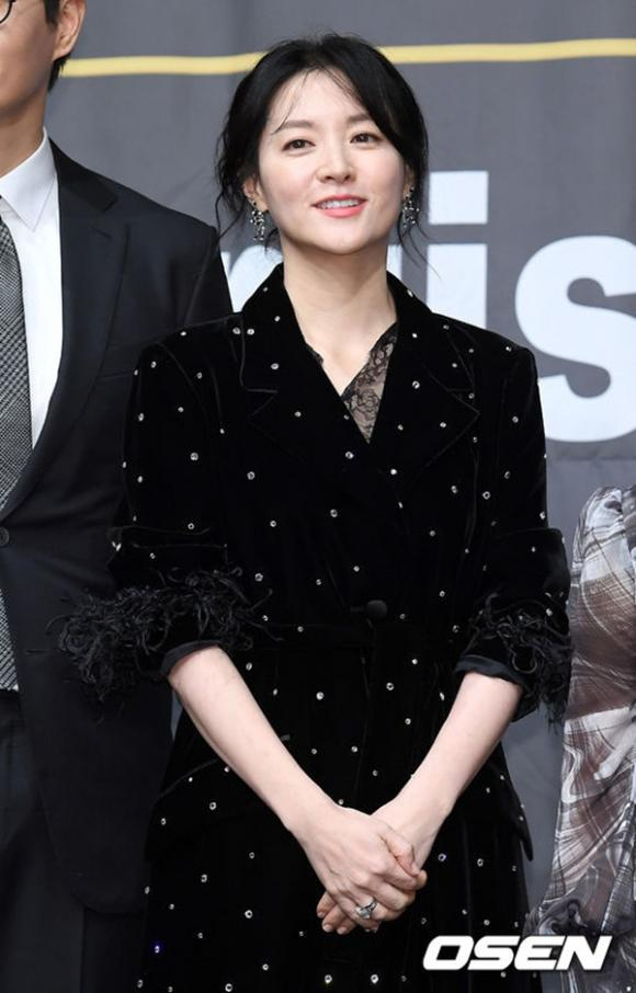 Lee Young Ae, sao Hàn, vẻ đẹp của Lee Young Ae
