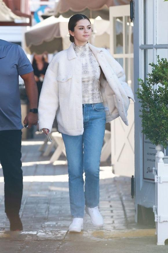 Selena Gomez, sao Hollywood, gu thời trang Selena Gomez