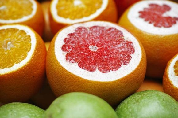 tác dụng của bưởi đối với sức khỏe, chăm sóc sức khỏe đúng cách, lưu ý khi ăn bưởi