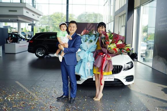 Lê Khánh, Lê Khánh mua xe, Mercedes E300 AMG