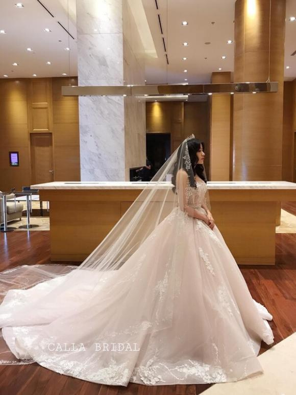 NTK Phương Linh, Váy cưới