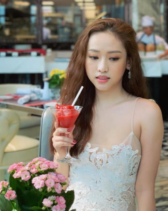 Thúy Vi, Ông Cao Thắng hot girl