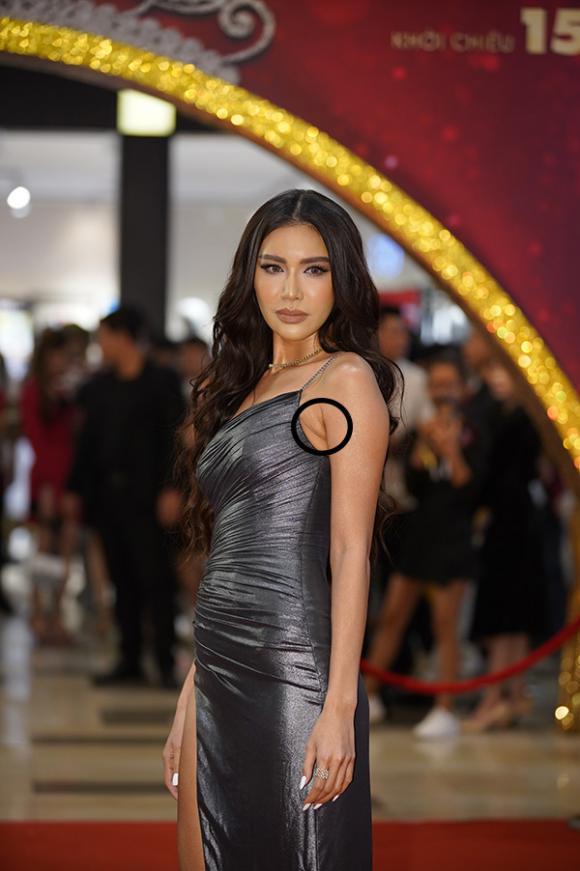 Minh Tú, Minh Tú bikini, sao Việt