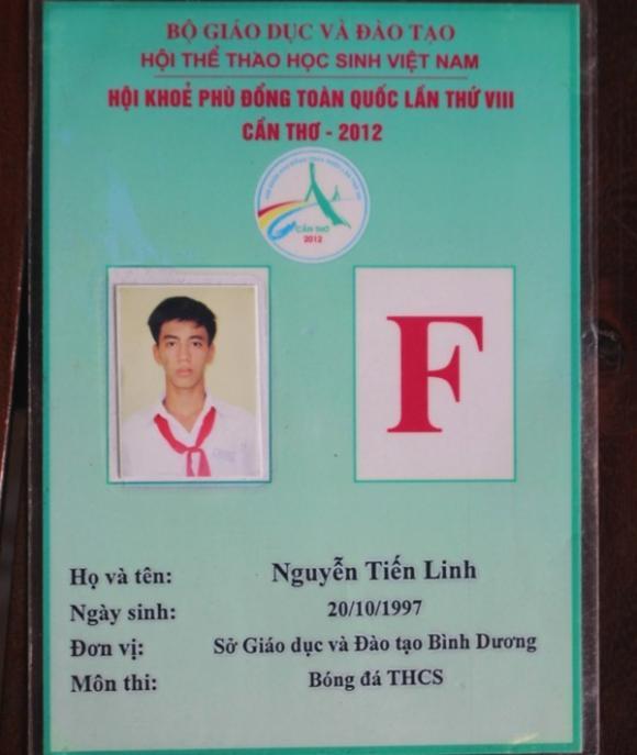 Tiến Linh, tuổi thơ dữ dội, bóng đá, Việt Nam - UAE