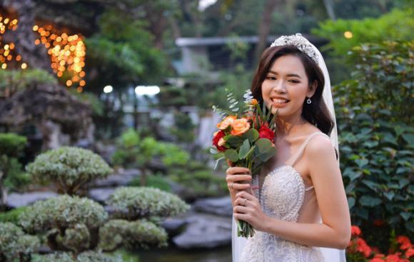 Bùi Thanh Hằng, top 5 Hoa hậu Hoàn vũ Việt Nam 2017