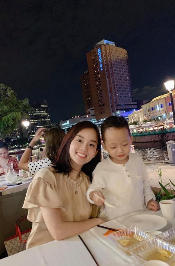 Ly Kute, MC Kỳ Duyên, bí quyết trẻ lâu