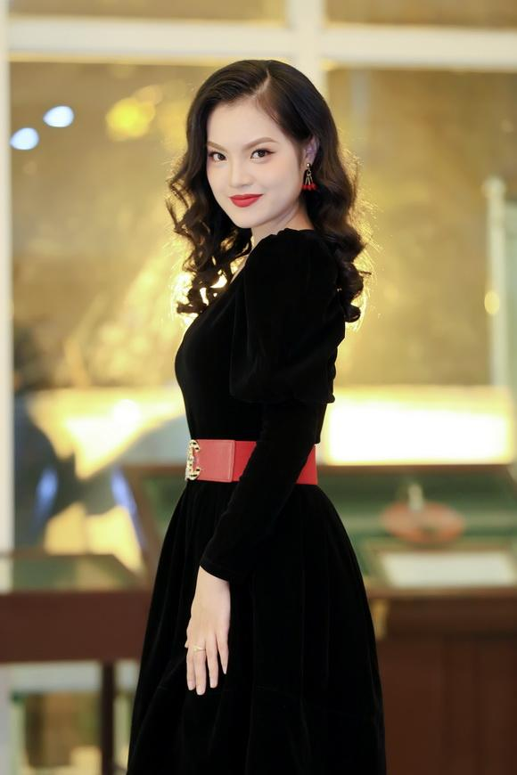 Sunny Đan Ngọc, Hoa khôi Thủ Đô