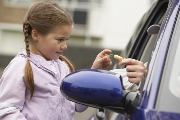 chăm sóc trẻ nhỏ, lưu ý khi chăm sóc trẻ nhỏ, kĩ năng cần thiết khi chăm sóc trẻ