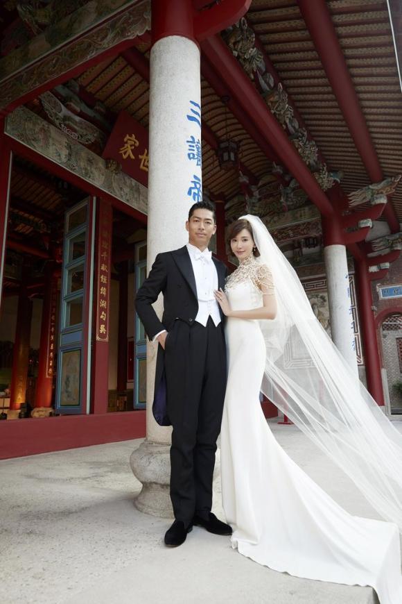 lâm chí linh, akira, đám cưới, thiết kế đầm, sao đài loan