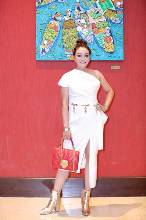 Hoàng My Collection, NTK Oanh Phan