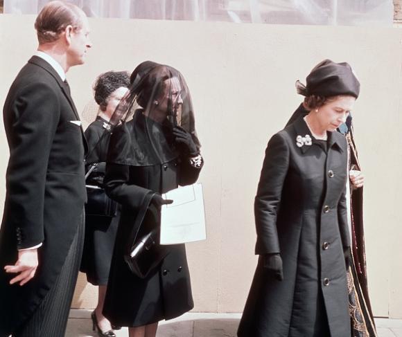 gia đình hoàng gia đi du lịch, điều đặc biệt khi công du nước ngoài, những chuyến du lịch của hoàng gia