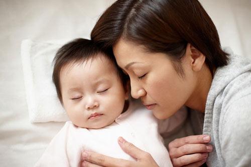 cách chăm sóc trẻ đúng cách