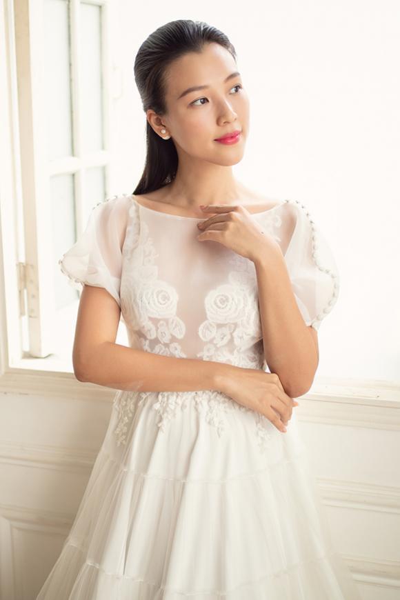 MC Hoàng Oanh, á hậu Hoàng Oanh, sao Việt