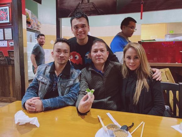 Khắc Việt, Khắc Việt và vợ, sao việt