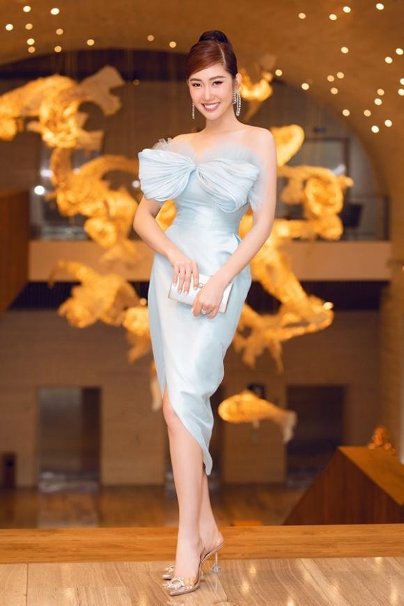 Diễm My diện váy hở bạo khoe vòng 1 quyến rũ | Giải trí